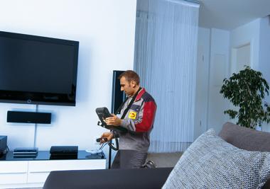 E-CHECK Pruefung Wohnzimmer